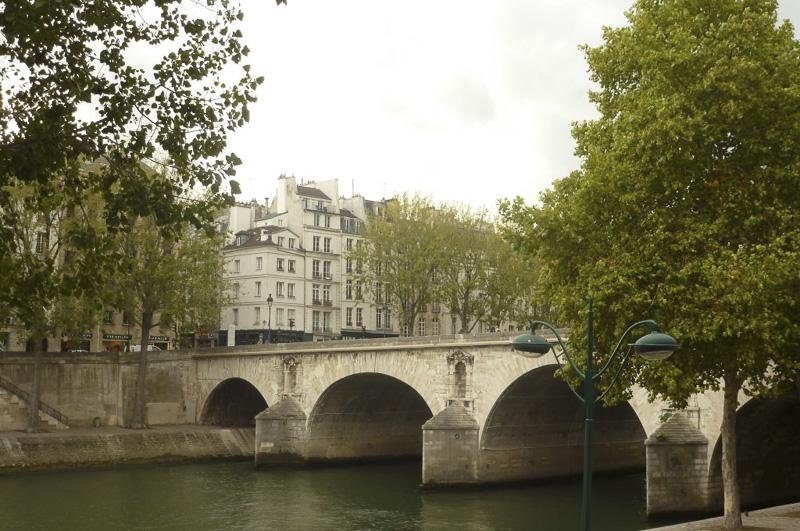 bridge-over-the-seine-800