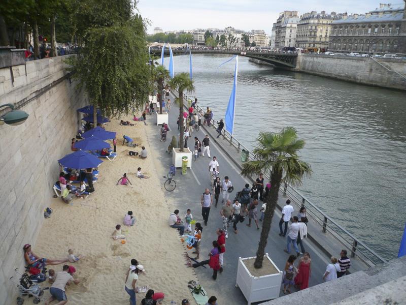 paris-plage-in-august-03-800