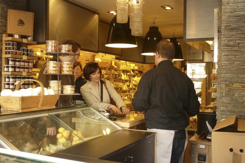 place-maubert-cheese-shop-800