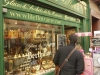 ile-st-louis-and-famous-ice-cream-shop-800