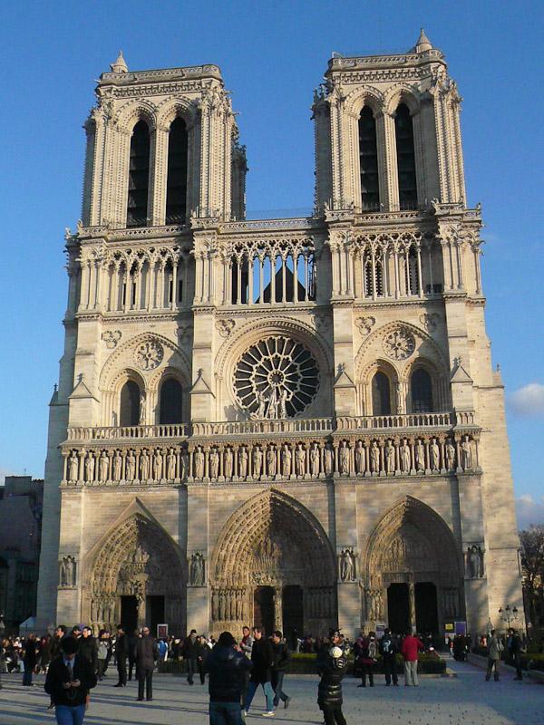 Notre-Dame-facade