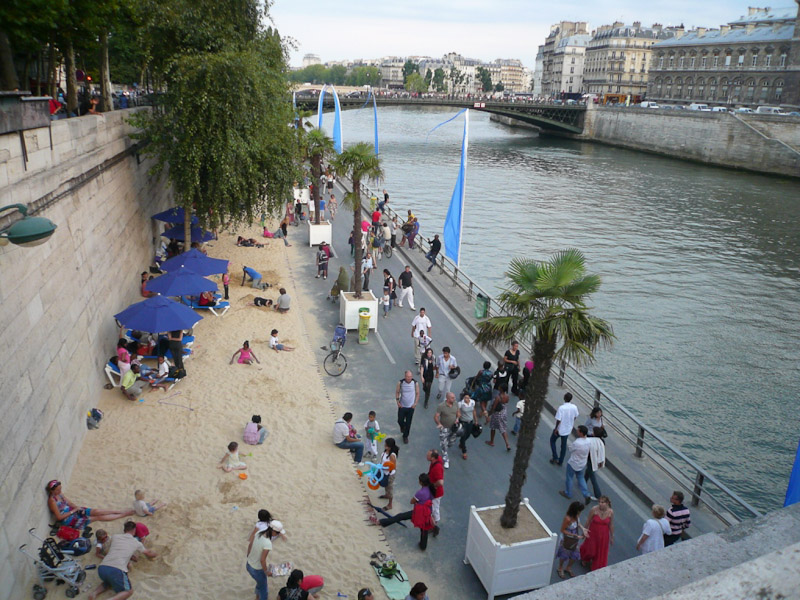 Paris-Plage-in-August