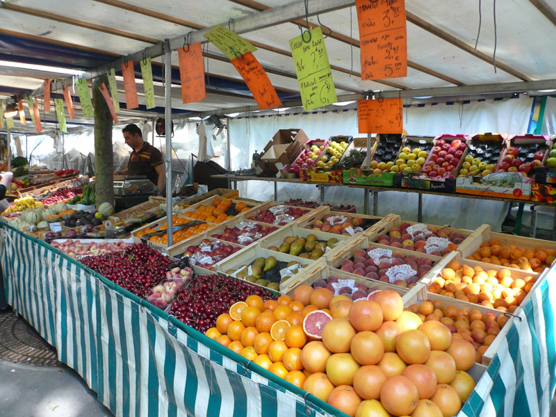 Place-Monge-Market-Citrus-Fruit