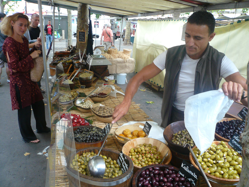 Place-Monge-Market-Olives