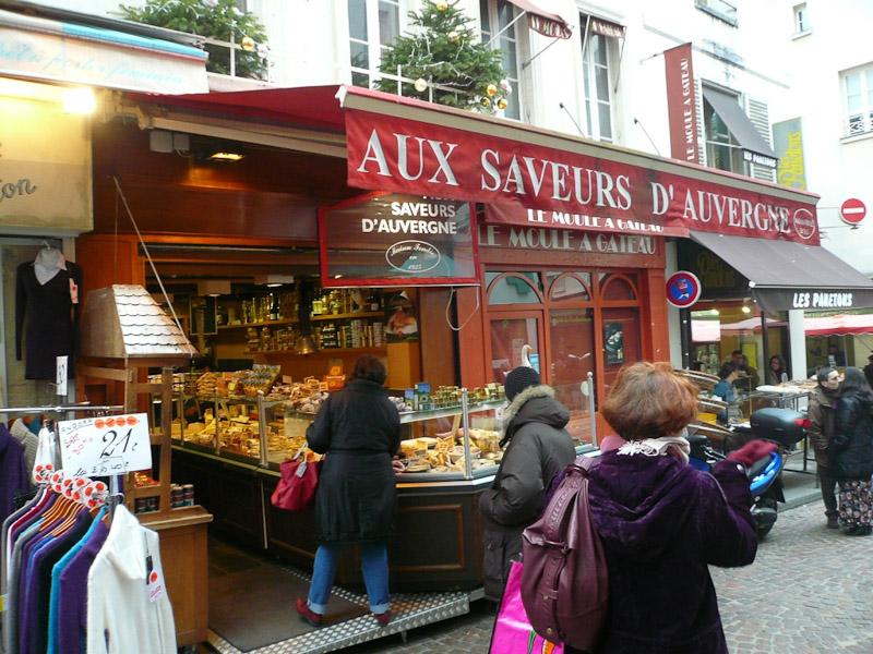 rue-Mouffetard-Aux-Saveurs-dAuvergne