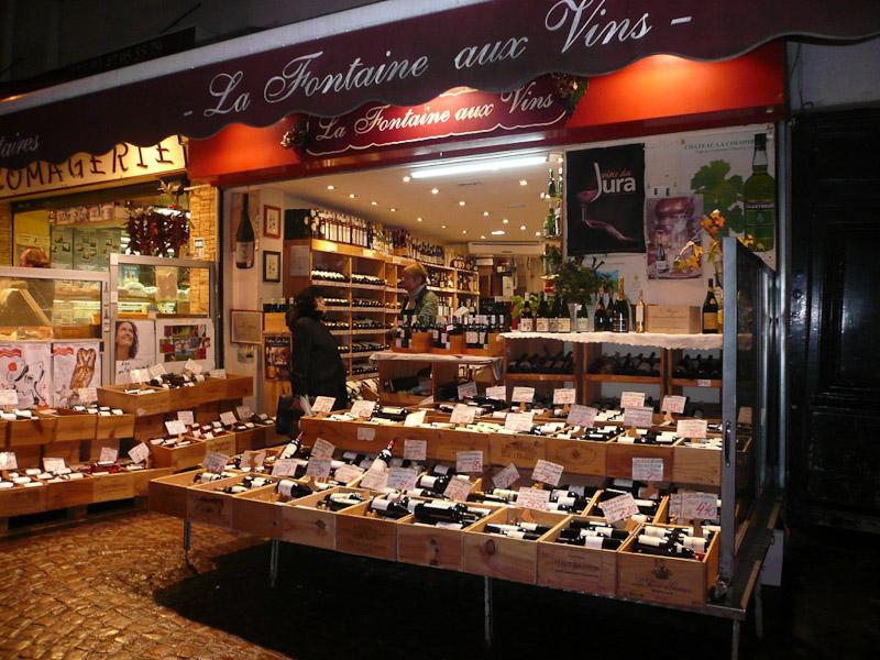 rue-Mouffetard-La-Fontaine-aus-Vins