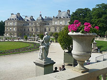 Nearby attractions paris gourmand apartments - Le jardin gourmand luxembourg ...